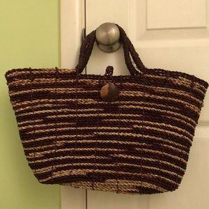 Handbags - Medium Sized Woven Tote